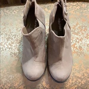 Maurice's shortie boots NWOT